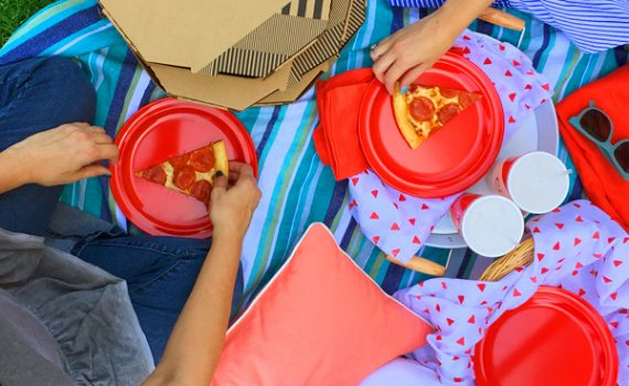 picnic summer giveaway from cicis