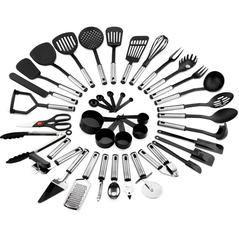 Foodie Gift Guide 39 piece utensil set