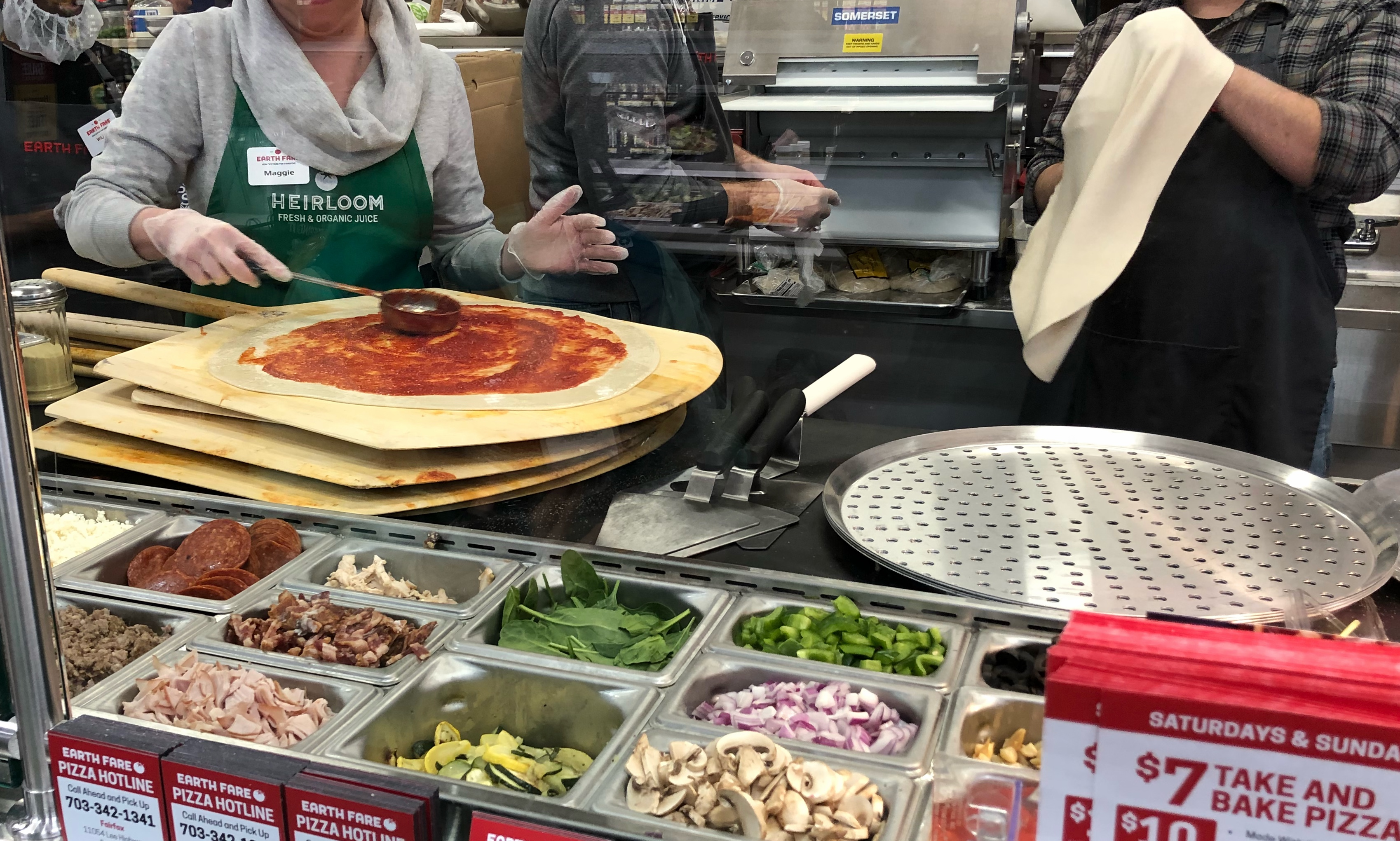 Healthy pizza options at Earth Fare Fairfax