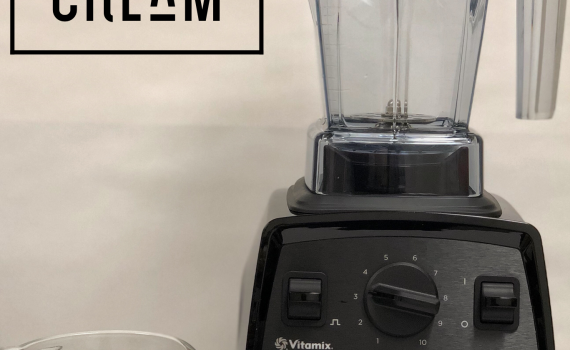 easy whipped cream, vitamix aer makes whipped cream in 30 seconds