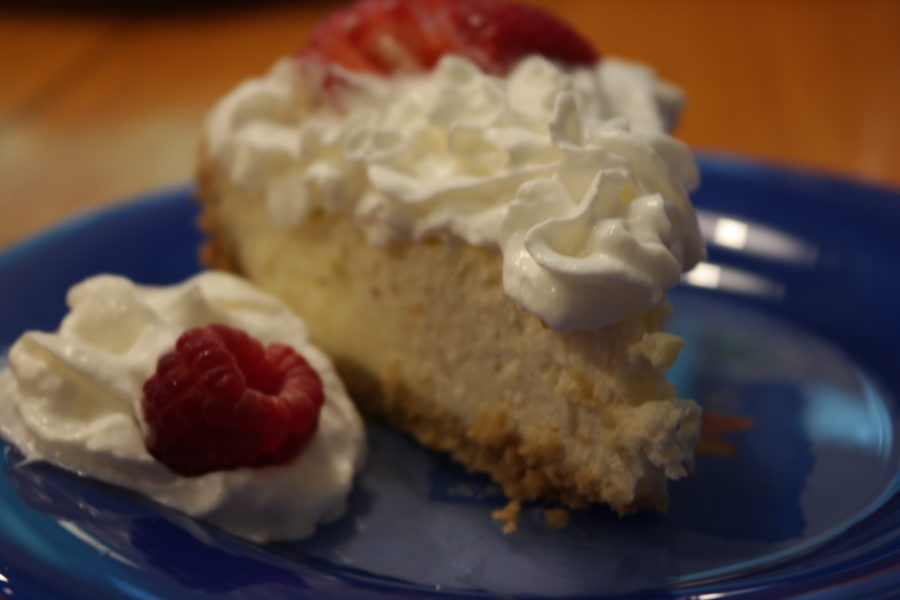 Healthy Cheesecake With Granola Crust