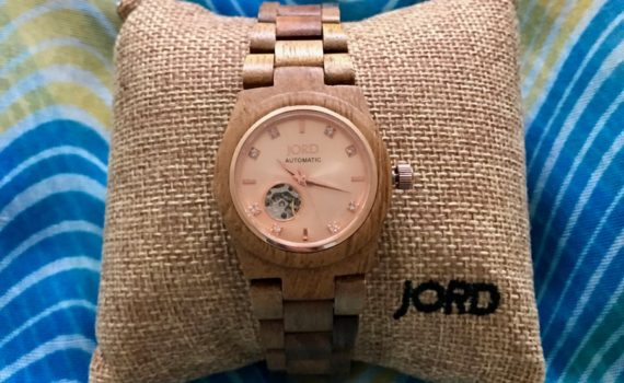 http://www.woodwatches.com/#cookwith5kids