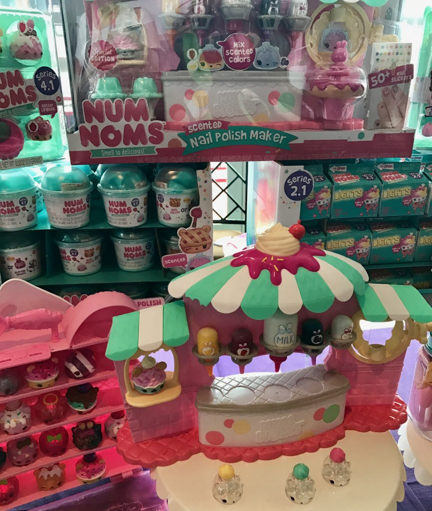 hot new toys at Blogger Bash: Num Noms