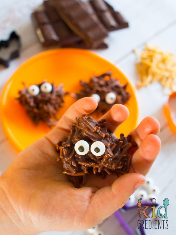 Halloween Food Roundup on Cookwith5kids.com