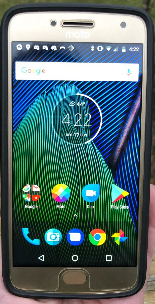 Moto G5 from Republic Wireless is the Wifi first phone in our tech gift guide