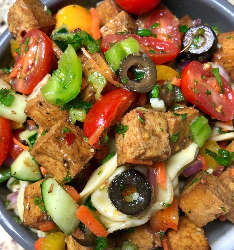 Pasta Salad Recipes- Tofu Recipes - Tortellini Pasta Salad Via Sara LaFountain, Blogger cookwith5kids.com @cookwith5kids Healthy food recipes and family meal ideas #recipes #pastasalad