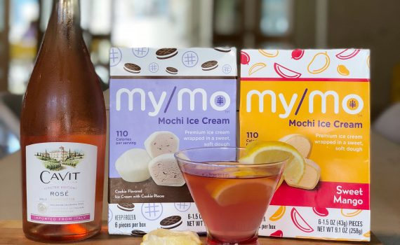 summer snacks: Roséade made with Cavit Rosé and Lemonade and My/Mo Mochi Ice Cream